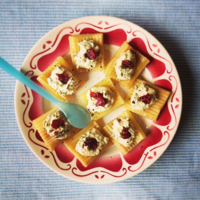 Rillettes-saumon-fromage-capres-cranberries