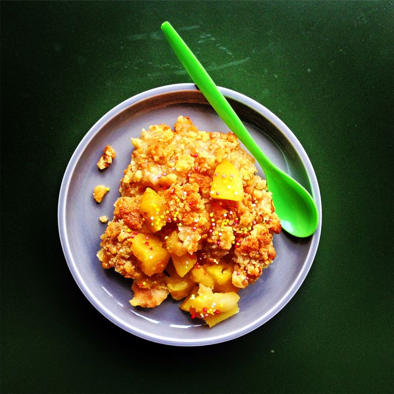 Crumble-ananas-poire-gingembre